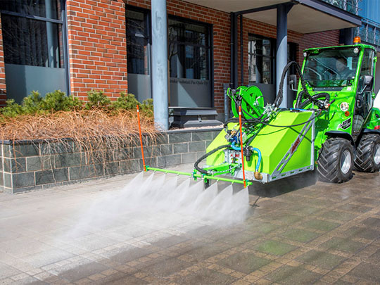 Avant® front loaders - high pressure washer UK Avant sales