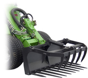 Avant 300 Series attachments - silage forks